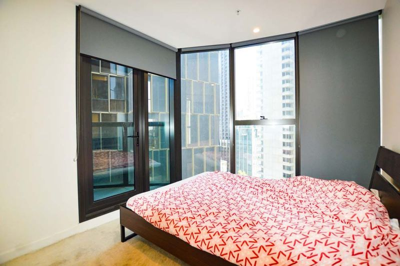 1312-23-Mackenzie-Street-Melbourne-Student-Accommodation-Melbourne-Bedroom-2-Unilodgers