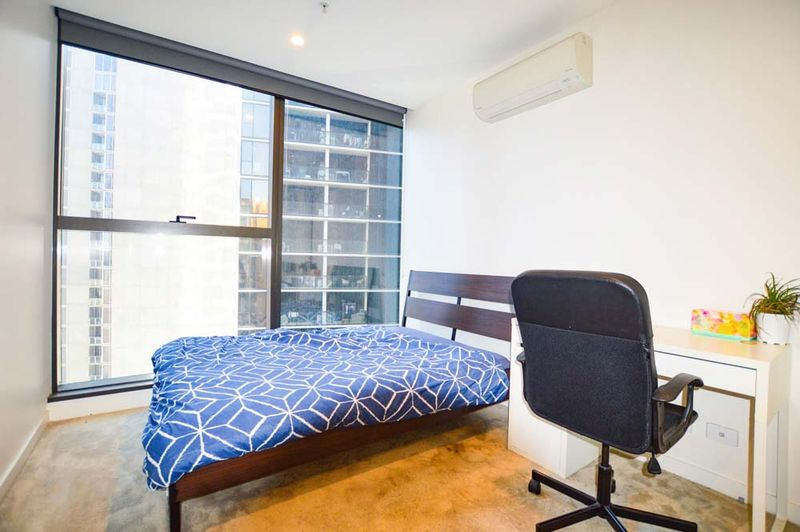 1312-23-Mackenzie-Street-Melbourne-Student-Accommodation-Melbourne-Bedroom-Unilodgers