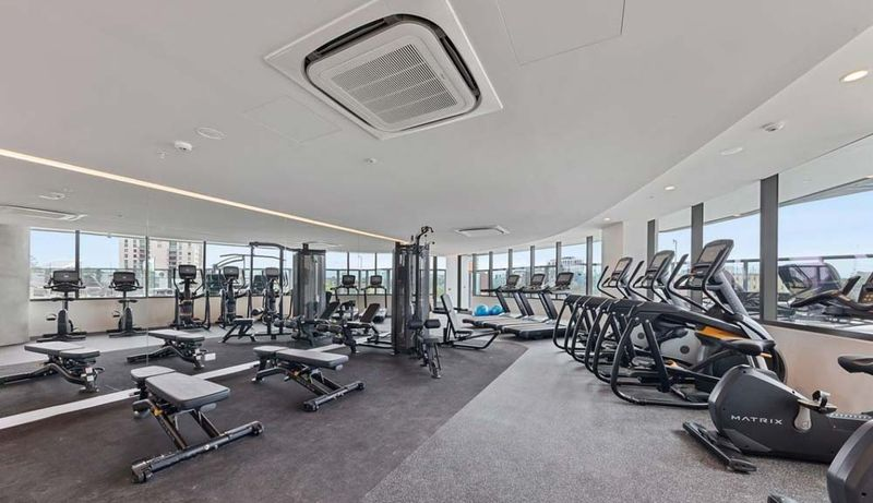 1312-23-Mackenzie-Street-Melbourne-Student-Accommodation-Melbourne-Gym-Unilodgers