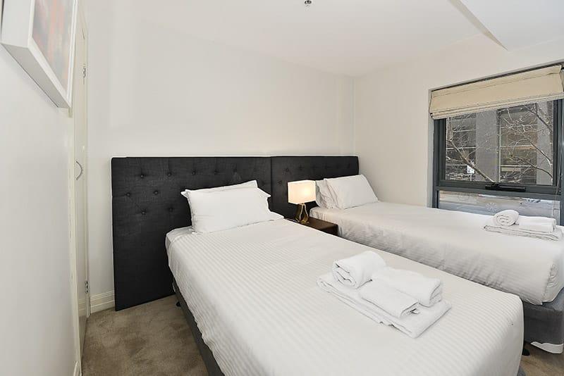402-408-La-Trobe-Street-Melbourne-Bedroom-3-Unilodgers