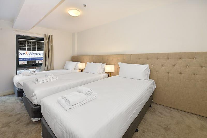 402-408-La-Trobe-Street-Melbourne-Bedroom-Unilodgers