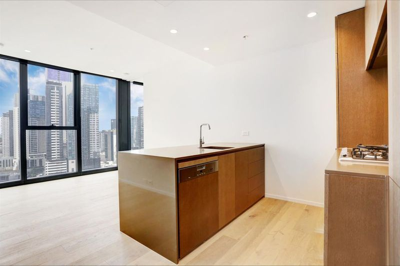 1808W-93-119-Kavanagh-Street-Southbank-Student-Accommodation-Melbourne-Kitchen-2-Unilodgers