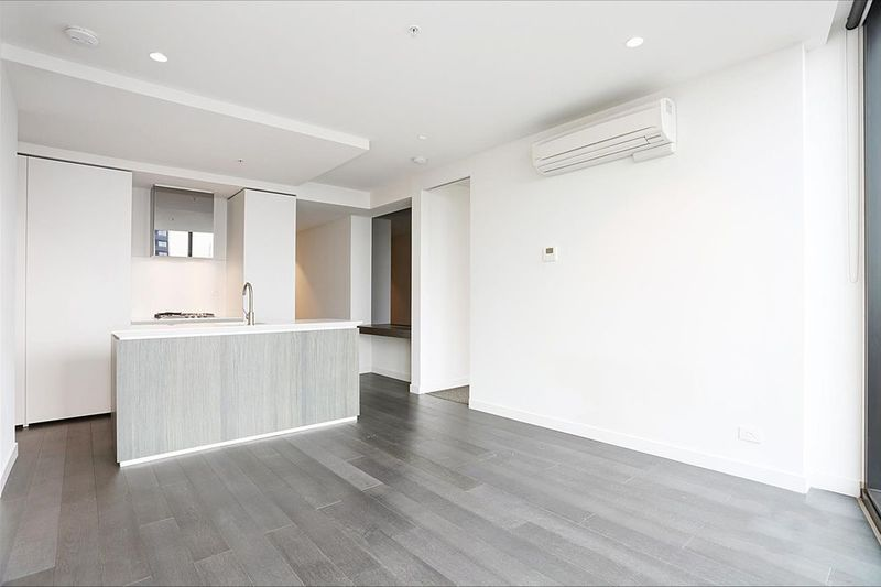 4809-135-A'Beckett-Street-Melbourne-Student-Accommodation-Melbourne-Kitchen-3-Unilodgers