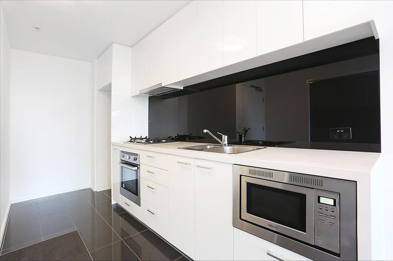 3203-241-City-Road-Southbank-Student-Accommodation-Melbourne-Kitchen-Unilodgers