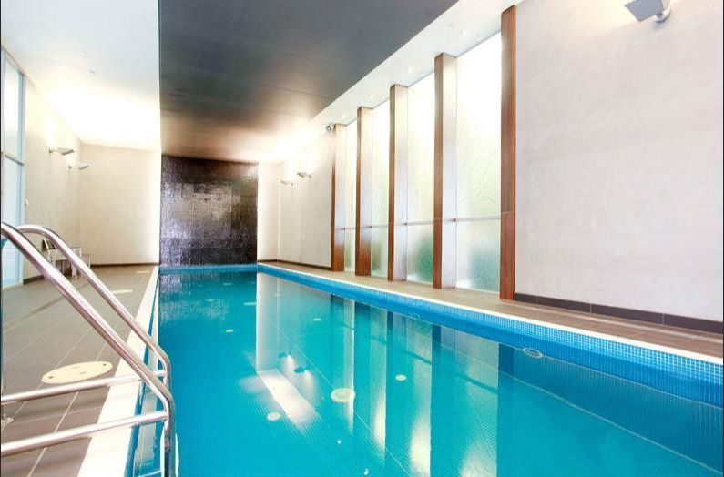 3203-241-City-Road-Southbank-Student-Accommodation-Melbourne-Swimming-Pool-Unilodgers