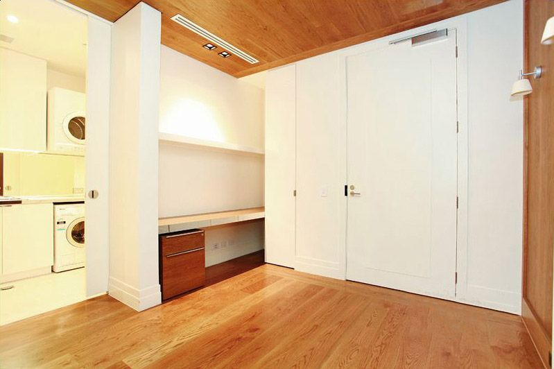 402-150-Clarendon-Street-East-Melbourne-Student-Accommodation-Melbourne-Bedroom-Unilodgers