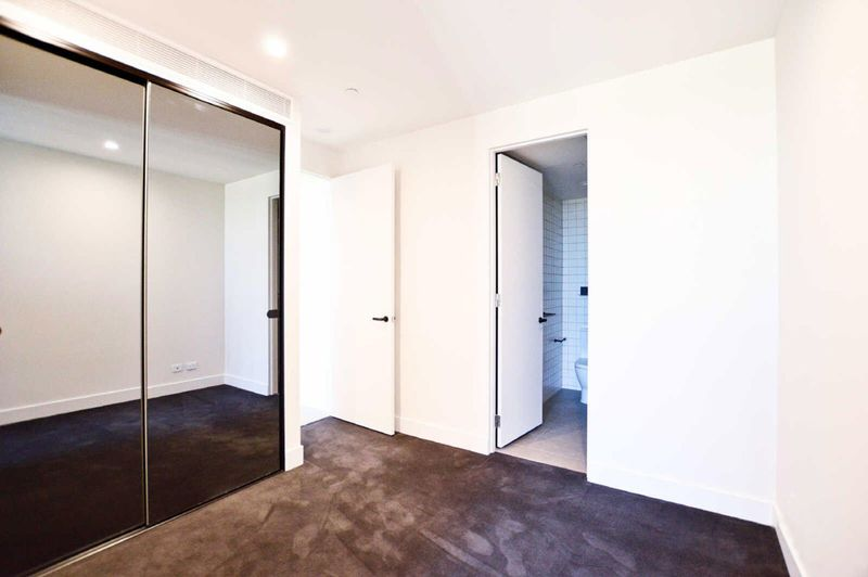 510-1-Porter-Street-Hawthorn-East-Student-Accommodation-Melbourne-Bedroom-Unilodgers
