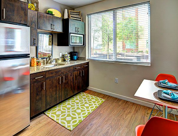 The-Callaway-House-Austin-Kitchen-Unilodgers