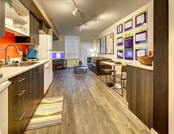 TWELVE-At-U-District-Seattle-WA-Kitchen-Unilodgers