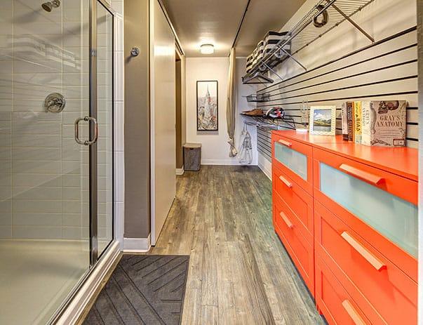 TWELVE-At-U-District-Seattle-WA-Bedroom-Area-Unilodgers