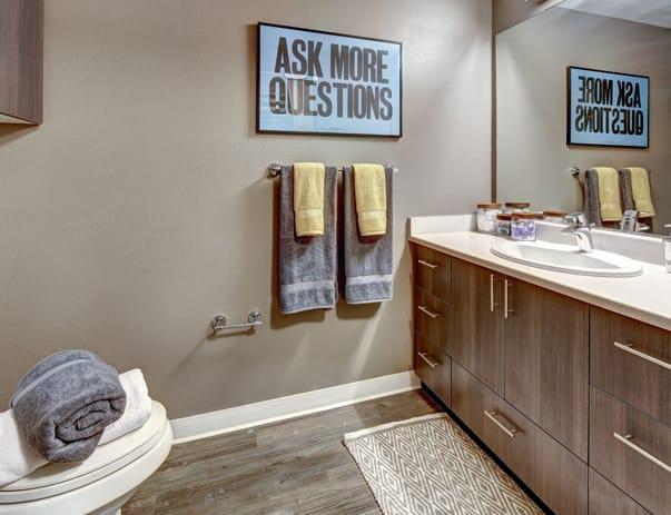 TWELVE-At-U-District-Seattle-WA-Bathroom-1-Unilodgers