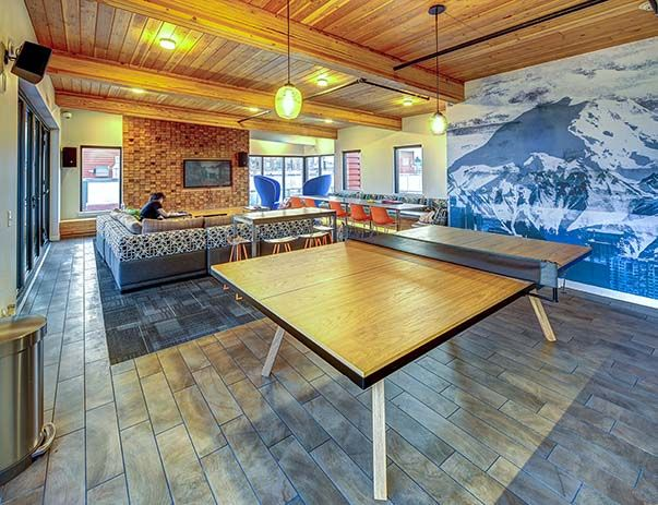 TWELVE-At-U-District-Seattle-WA-Clubhouse-Unilodger