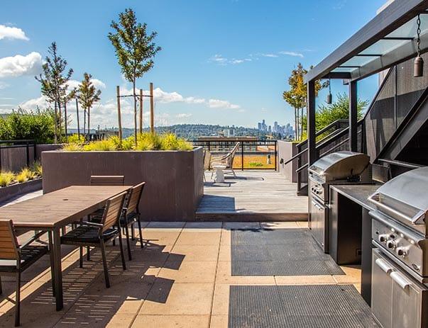 Bridges-@-11th-Seattle-WA-Rooftop-Unilodgers