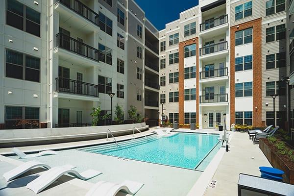 Signature-West-Midtown-Atlanta-GA-Swimming-Pool-Unilodgers