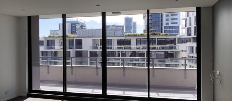 BELONG-Waterloo-Sydney-Balcony-Unilodgers.jpg