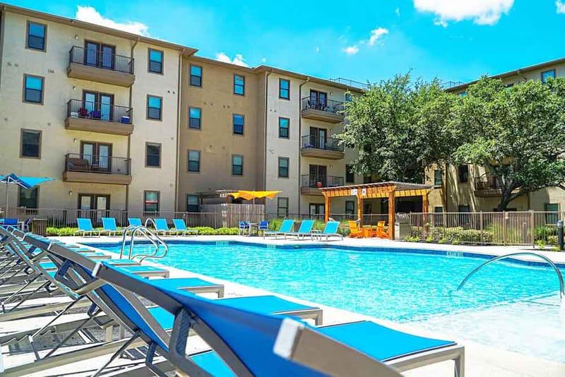 Prado-San-Antonio-TX-Swimming-Pool-Unilodgers