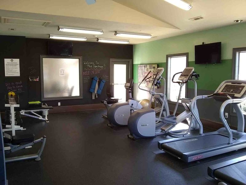The-Spectrum-Fayetteville-AR-Gym-3-Unilodgers