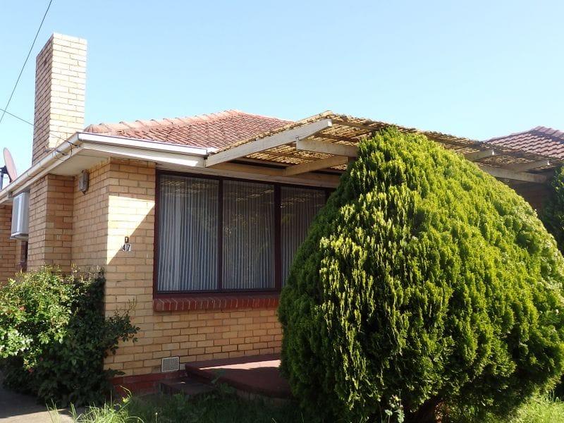 Unit-1-47-Jaguar-Drive-Clayton-Student-Accommodation-Melbourne-Exterior-Unilodgers