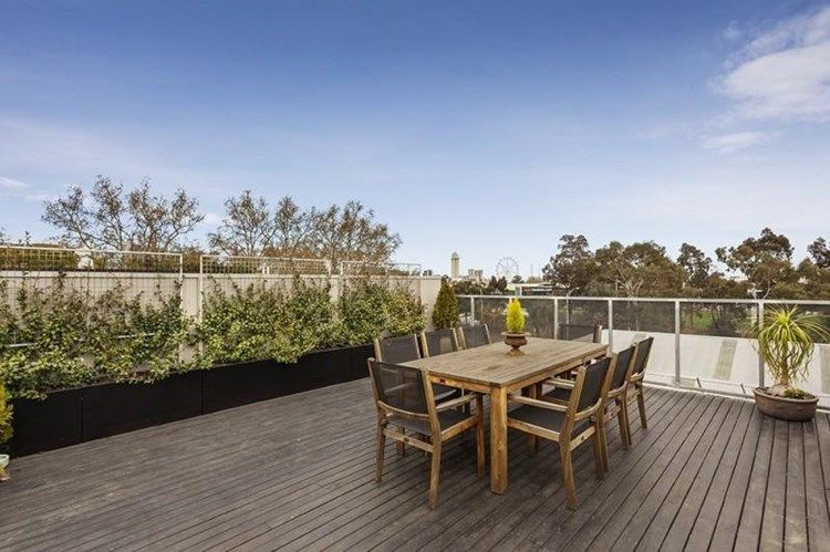 3-118-haines-street-north-melbourne-student-accommodation-Melbourne-Outdoor-Area-Unilodgers