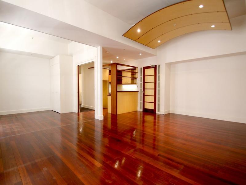 203-258-flinders-lane-melbourne-student-accommodation-Melbourne-Living-Area-3-Unilodgers
