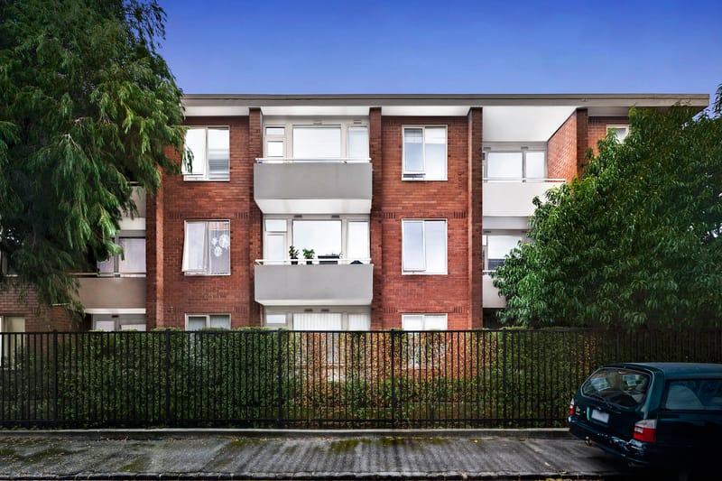 5-109-ross-street-port-melbourne-student-accommodation-Melbourne-Exterior-Unilodgers