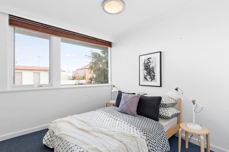 5-109-ross-street-port-melbourne-student-accommodation-Melbourne-Bedroom-Unilodgers