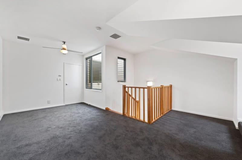 245a-the-boulevard-port-melbourne-student-accommodation-Melbourne-Bedroom-Unilodgers