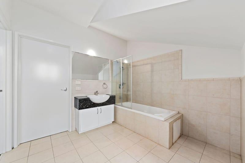 245a-the-boulevard-port-melbourne-student-accommodation-Melbourne-Bedroom-2-Unilodgers