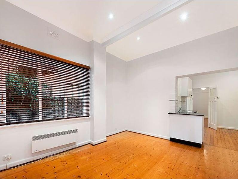 3-1-ruskin-street-elwood-student-accommodation-Melbourne-Living-Area-Unilodgers