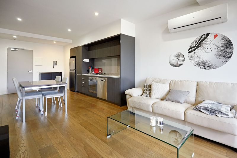 G05-86-canning-street-carlton-student-accommodation-Melbourne-Living-Area-Unilodgers
