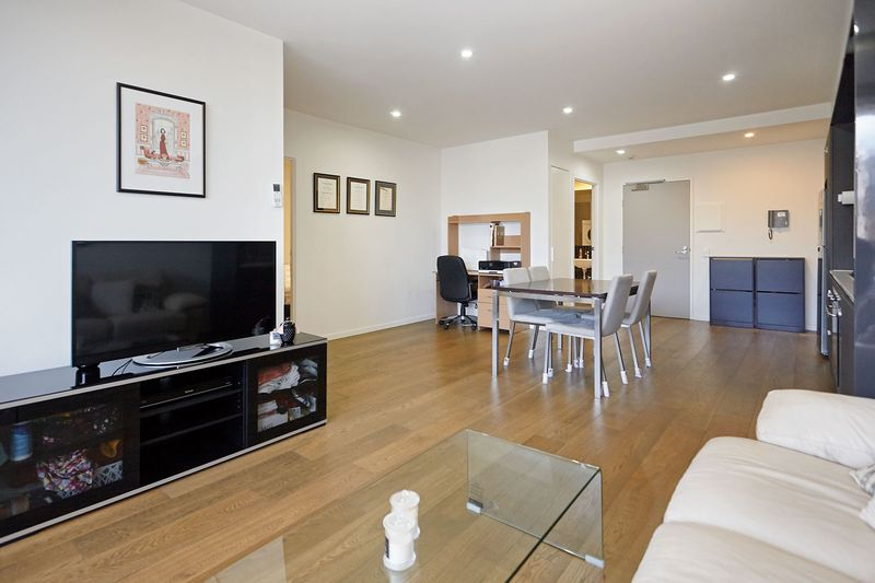 G05-86-canning-street-carlton-student-accommodation-Melbourne-Living-Area-2-Unilodgers