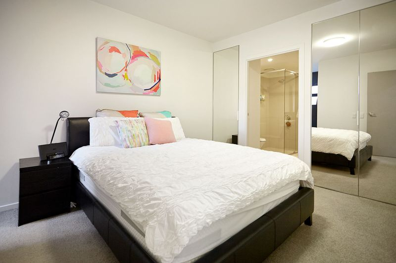 G05-86-canning-street-carlton-student-accommodation-Melbourne-Bedroom-Unilodgers