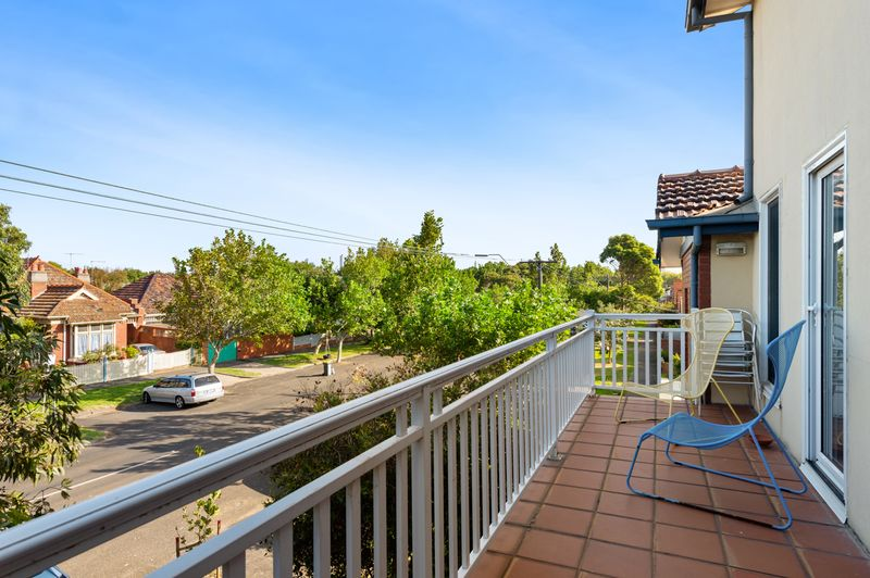 15a-patterson-street-middle-park-student-accommodation-Melbourne-Balcony-Unilodgers