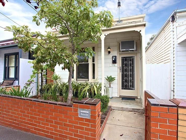 155-farrell-street-port-melbourne-student-accommodation-Melbourne-Outdoor-Unilodgers