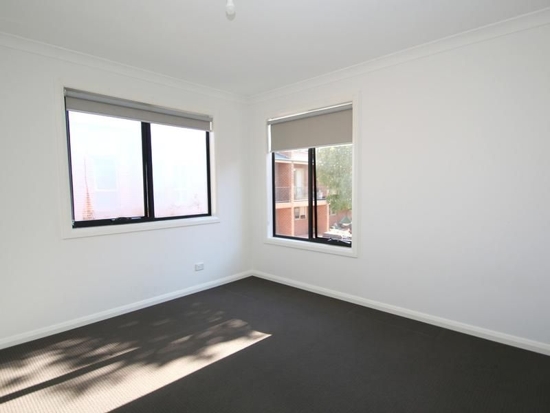2-115-albion-street-brunswick-student-accommodation-Melbourne-Bedroom-Unilodgers