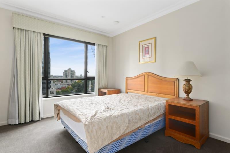 1708-265-exhibition-street-melbourne-student-accommodation-Melbourne-Bedroom-Unilodgers