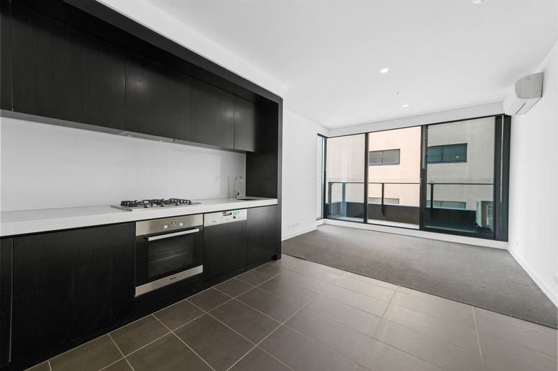 2014-50-albert-road-south-melbourne-student-accommodation-Melbourne-Kitchen-Unilodgers