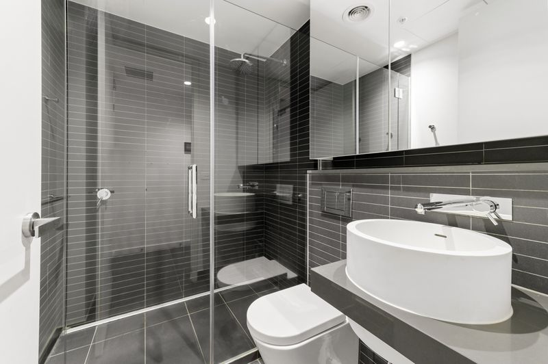 2014-50-albert-road-south-melbourne-student-accommodation-Melbourne-Bathroom-Unilodgers