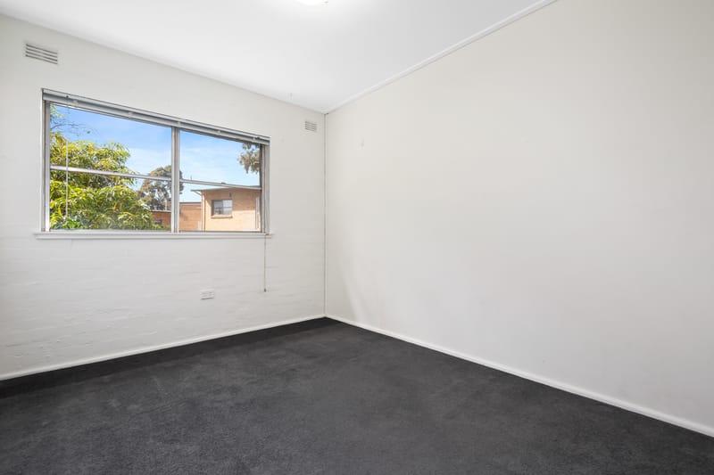 23-150-arden-street-north-melbourne-student-accommodation-Melbourne-Bedroom-Unilodgers