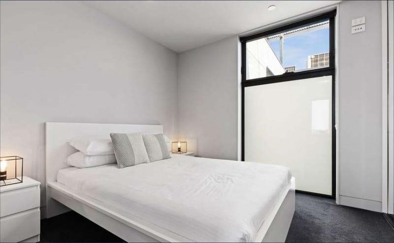 707-157-fitzroy-street-st-kilda-student-accommodation-Melbourne-Bedroom-Unilodgers