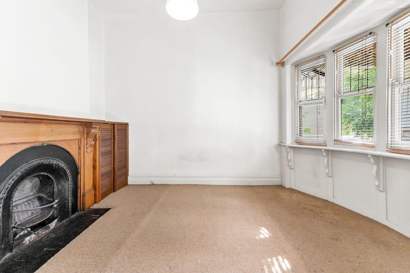 160-danks-street-albert-park-student-accommodation-Melbourne-Living-area-Unilodgers