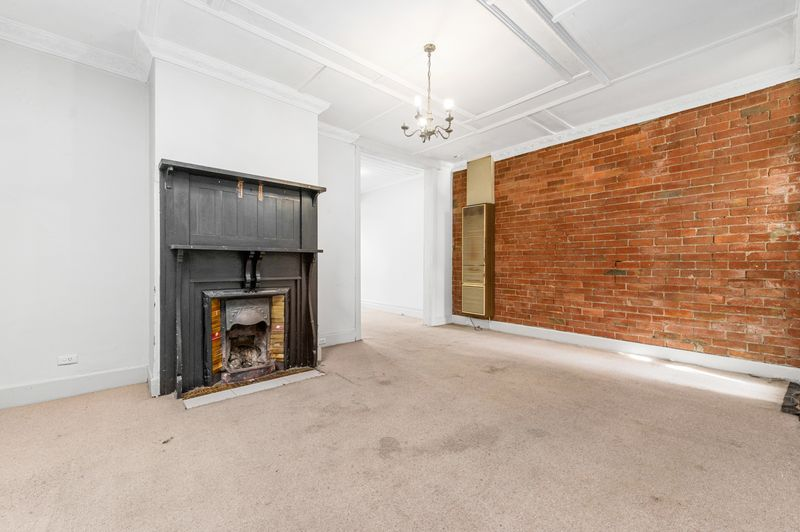 160-danks-street-albert-park-student-accommodation-Melbourne-Living-area-2-Unilodgers