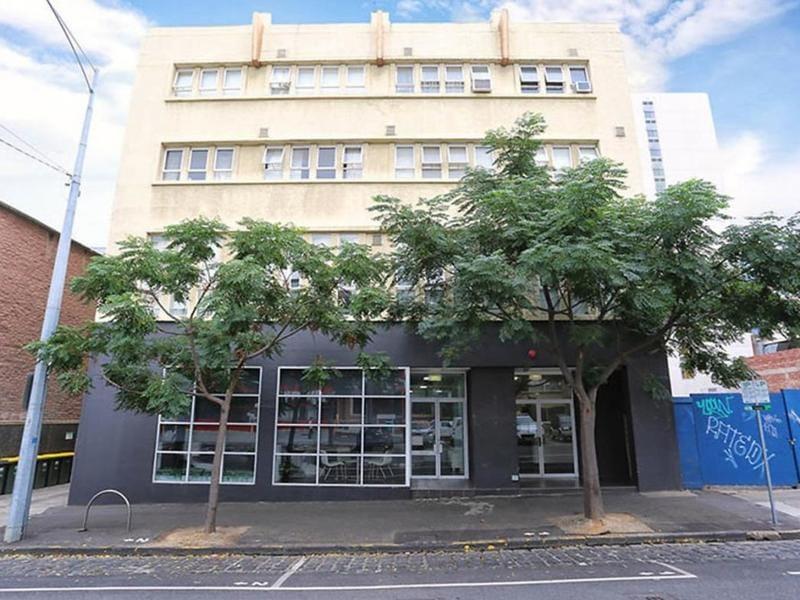 14-117-121-bouverie-street-carlton-student-accommodation-Melbourne-Exterior-Unilodgers