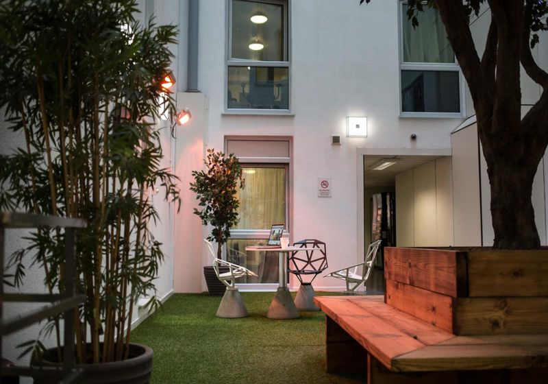 IQ-Broderick-House-Birmingham-Relaxing-Area-Unilodgers