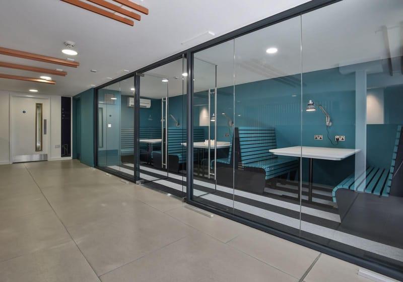 iQ-Hammersmith-London-Study-Room-Unilodgers