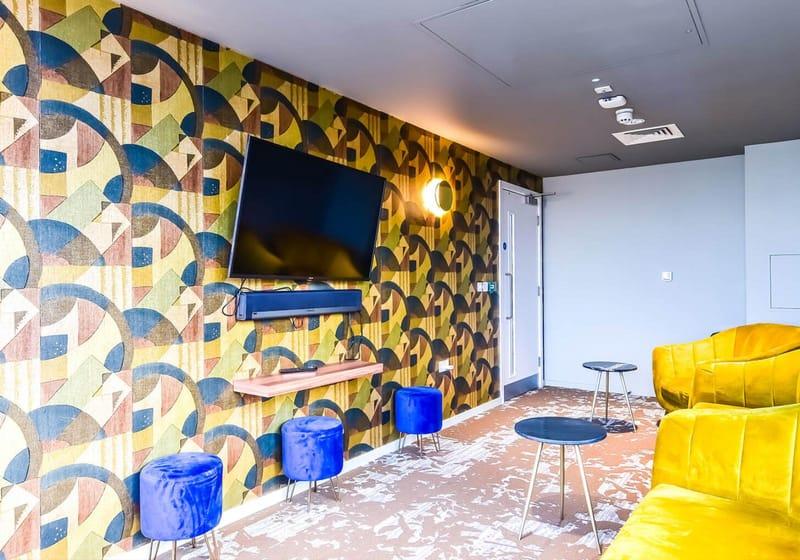 iQ-Bloomsbury-London-Media-Lounge-Unilodgers