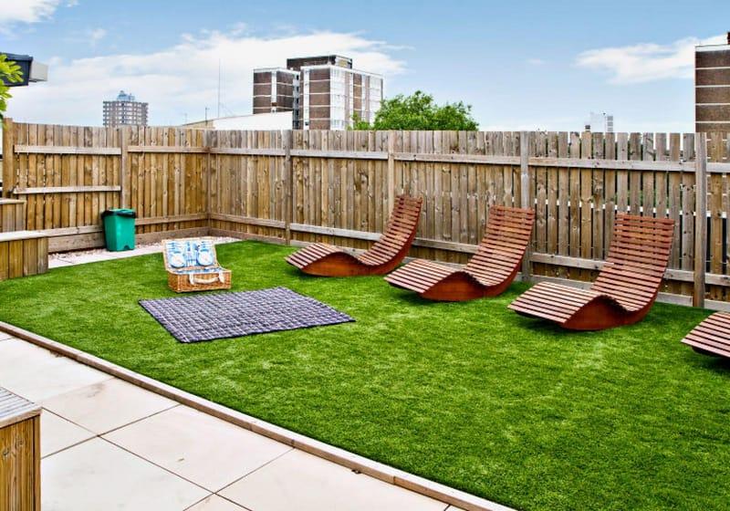 iQ-Hoxton-London-Roof-Terrace-Unilodgers