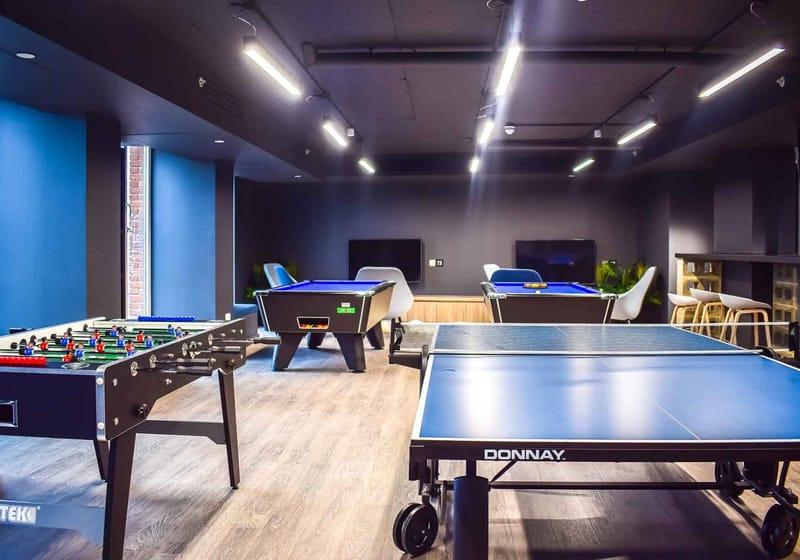 iQ-Shoreditch-London-Games-Area-Unilodgers
