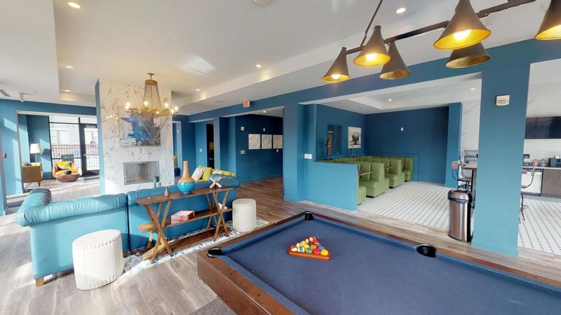 303-Flats-Knoxville-TN-Pool-Table-Unilodgers