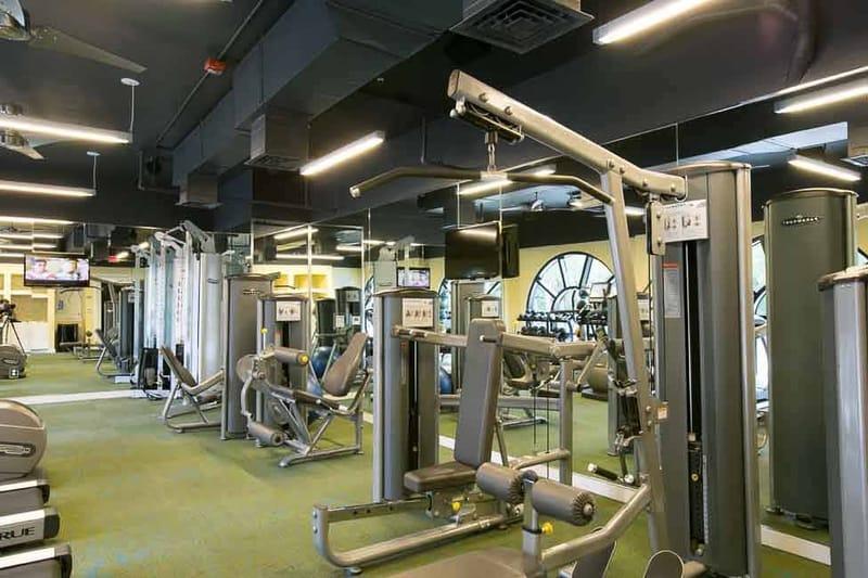 Axis-West-Campus-Austin-TX-Gym-Unilodgers